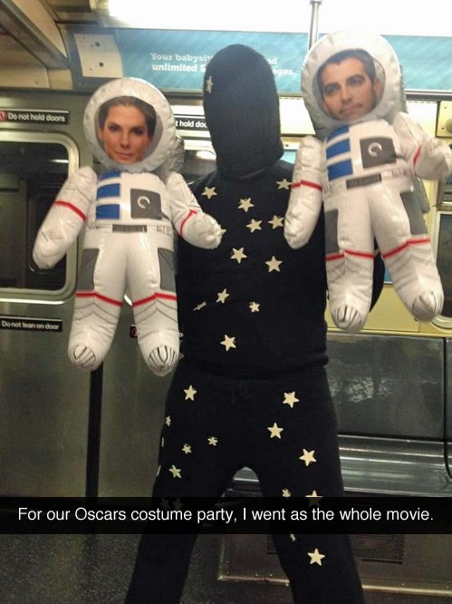 funny pics, funny costume, Oscar, Gravity movie