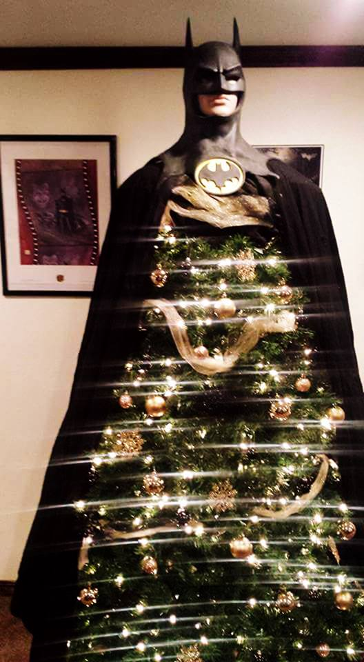 batman christmas tree, batman humor, lol pics