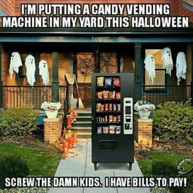 funny pics, lol pics, creative, halloween humor, halloween wending machine, lol