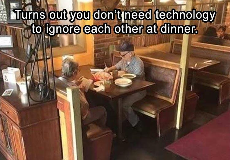 funny pics, lol, technology humor, ignore each other at dinner