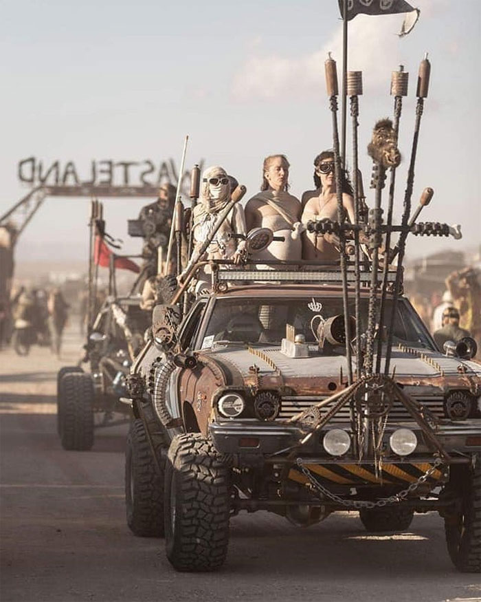 mad-max-wasteland-weekend